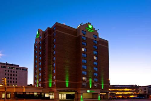 Exterior Holiday Inn Suites Winnipeg Downtown