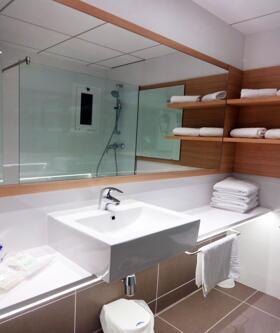"""Foto del baño de """"Hotel Augustus"""""""