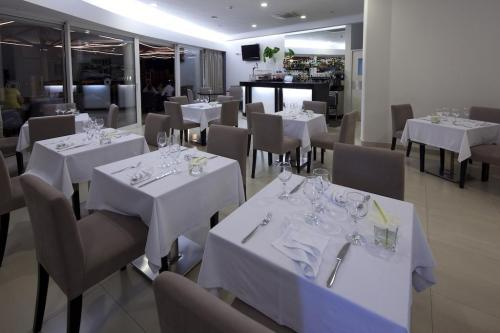 Dining – Hotel White Waters