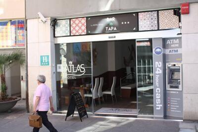 Foto degli esterni Hotel Atlas Barcelona