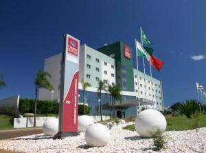 "Photo - ""Hotel Comfort Suites Londrina"""