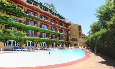 Foto de los servicios de Los Angeles Hotel & Spa
