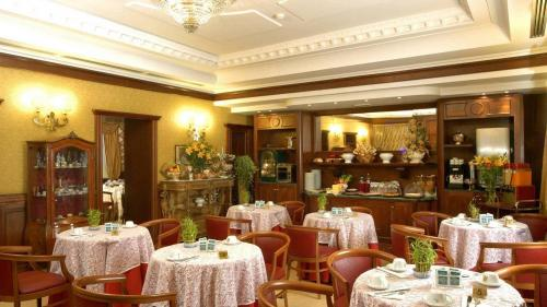 Dining – Hotel Andreotti