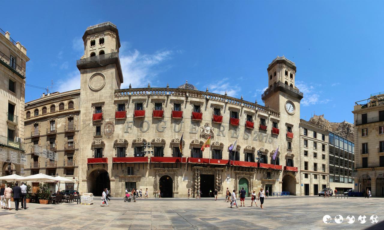 Hoteles En Alicante  Alicante