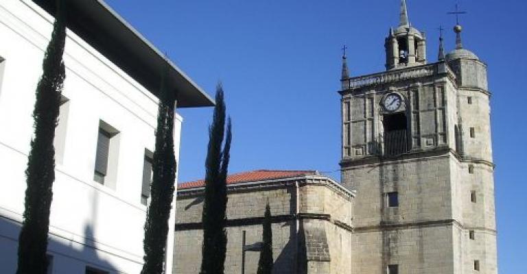 Fotografía de País Vasco: Irun y Iglesia de Nuestra Señora del Juncal