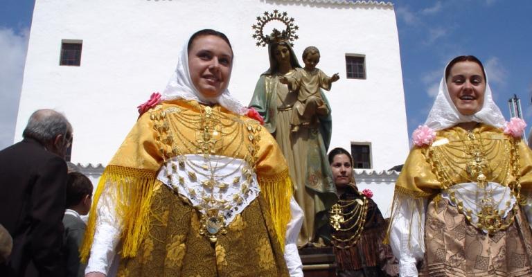 Photo Platja d'en Bossa: Trajes tradicionales de Ibiza