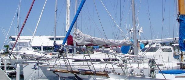 Fotografía de Lanzarote Isola: Veleros en Puerto Calero Marina