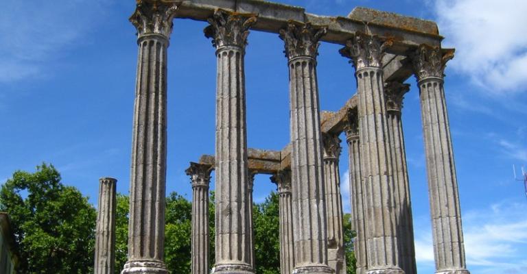 Fotografia de Evora: Templo romano Evora