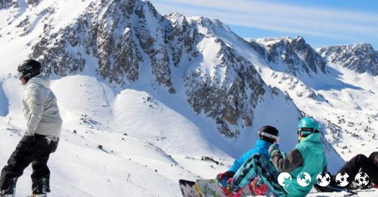 Fotografía de Bordes d'Envalira: Snowboarders en GrandValira